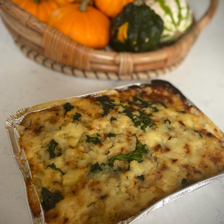 NEW: Creamy ham, cabbage and colcannon mash tray bake